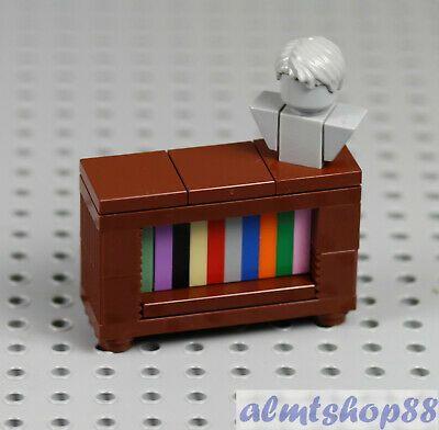 LEGO - Bookcase Brown w/ Head Bust Minifigure Furniture Cabinet Sideboard Town Easy Lego Creations, Lego Hospital, Casa Lego, Lego Furniture, Minecraft Furniture, Micro Lego, Lego Challenge, Lego Craft, Lego Games