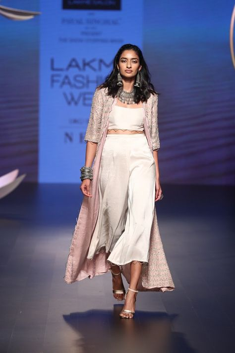 Payal Singhal Off The Runway Collection : : Ayla Jacket Set : Rose Pink Color Silk Embroidered Long Jacket Worn With Stone Color Silk Bustier And Culottes