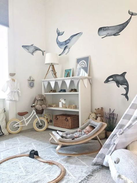 Present classic and lovely animal themed nursery for your kids would be very impressive. Here are the ideas of Unchangeable Animal-Themed Ideas To Present The Most Adorable Nursery Space. Whale Themed Nursery, Sea Nursery, Nautical Nursery Decor, Baby Room Decor, Nursery Room, Animal Theme Nursery, Animal Room, Baby Nursery Themes, Boy Decor