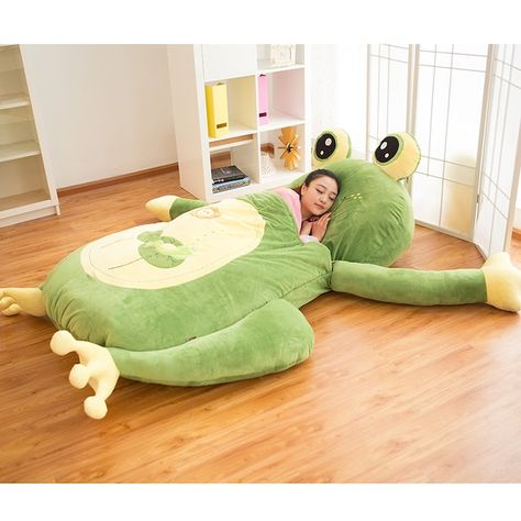 Frog mattress with sleeping bag Size about 200 cm x 110 cm (height 1 .- 寝袋付きカエルの敷布団 The frog mattress with a sleeping bag is about 200 cm x 110 cm (up to 170 cm tall can be used). Frog House, Toys Land, Frog Art, Cute Frogs, Frog And Toad, Sleeping Bag, Looks Cool, Bean Bag Chair, Cute Animals