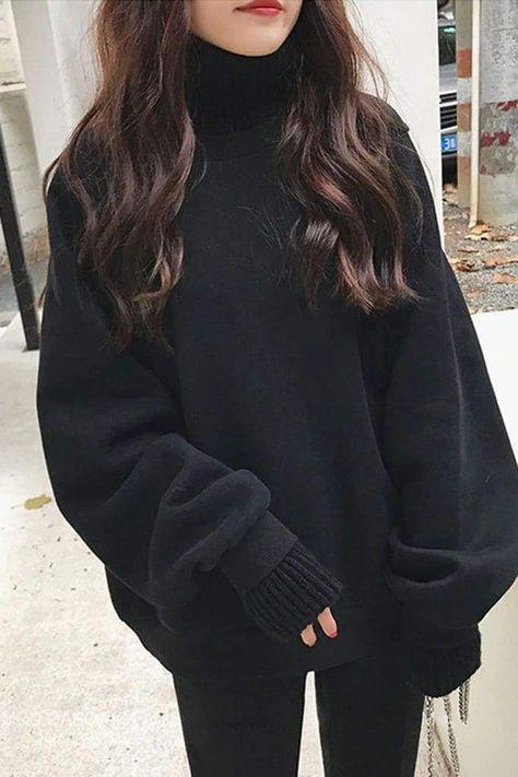 Tina Turtleneck Sweater - Black / L