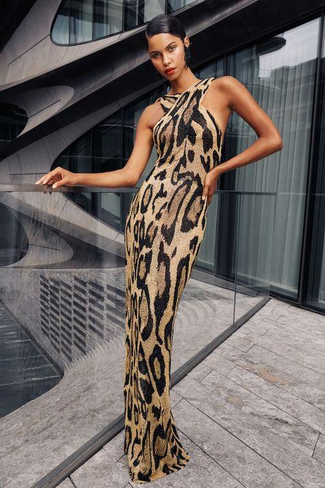 Fashion Week, Fashion 2020, New York Fashion, Runway Fashion, Fashion Show, Fashion Outfits, Womens Fashion, Naeem Khan, Vogue Paris