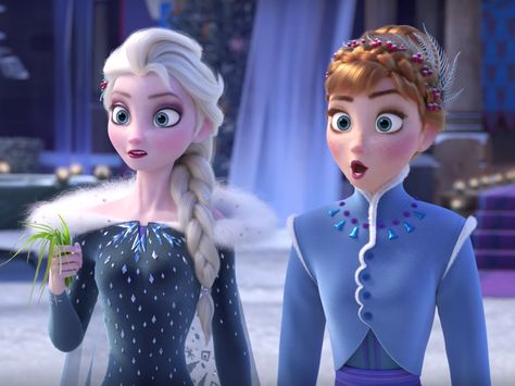 People loathe the 'Frozen' short that plays before Pixar's new movie 'Coco'  here's why Disney made a big mistake