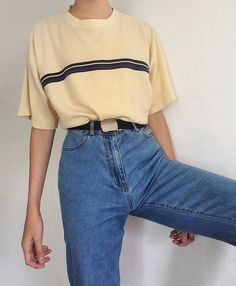 yellow shirt, mom jeans in 2019