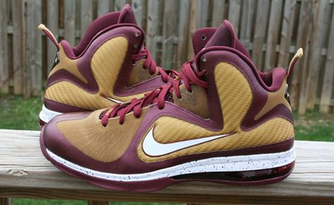"""online store dcce8 ca5e2 Nike LeBron 9 """"Christ the King"""" PE"""