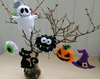 50+ Halloween hanging tree ornaments ideas