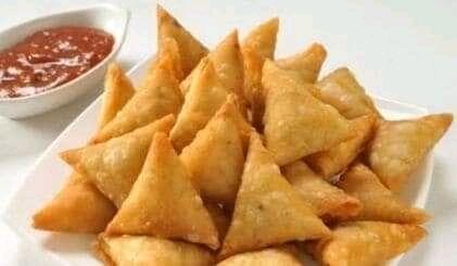 Jinsa Ya Kupika Sambusa Za Viazi Samosa Recipe Sambusa Recipe Chicken Samosa Recipes