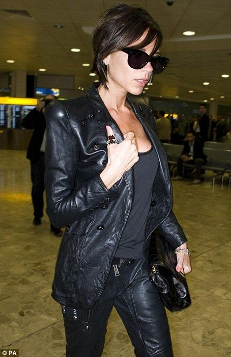 Black leather Victoria