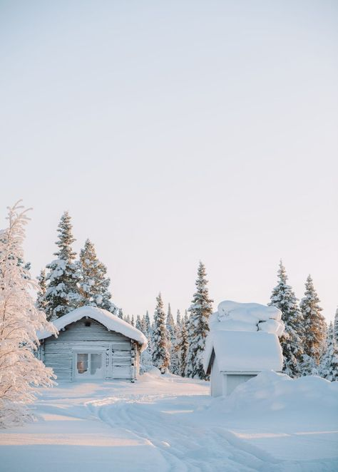 12 Of The Best Things to Do in Lapland, Finland - Hand Luggage Only - Travel,. Helsinki, Winter Photography, Food Photography, Levitation Photography, Exposure Photography, Abstract Photography, Beach Photography, Places To Travel, Places To See