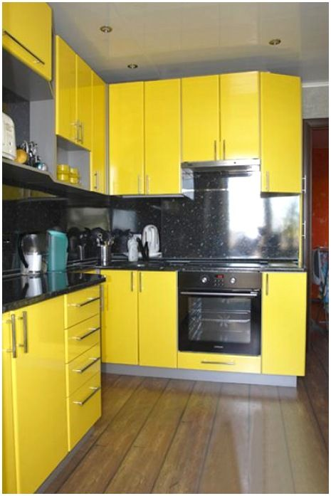 Black And Yellow Color Schemes For Modern Kitchen Decor In 2021 Design Small