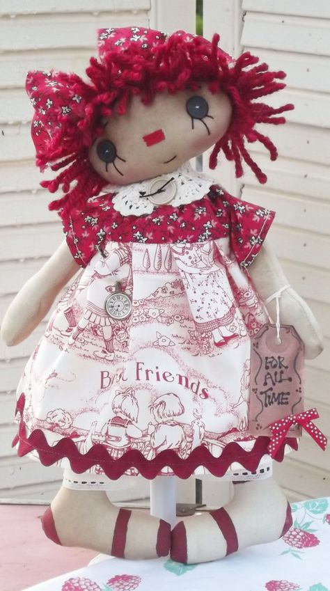 """Primitive Raggedy Ann doll """"Best Friends are Forever."""" ....(Aaaaw, such a cute face on this little Raggedy Anne!)"""