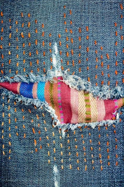 Fun visible mending on jeans: multicolored sashiko-style stitching and a colorfu. : Fun visible mending on jeans: multicolored sashiko-style stitching and a colorful striped patch Sashiko Embroidery, Japanese Embroidery, Embroidery Stitches, Hand Embroidery, Embroidery On Jeans, Embroidery Designs, Embroidery Supplies, Cross Stitches, Couture Embroidery