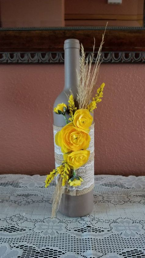 Discover recipes, home ideas, style inspiration and other ideas to try. Wine Bottle Flowers, Fall Wine Bottles, Wedding Wine Bottles, Recycled Wine Bottles, Wine Bottle Art, Painted Wine Bottles, Lighted Wine Bottles, Diy Bottle, Decorate Wine Bottles
