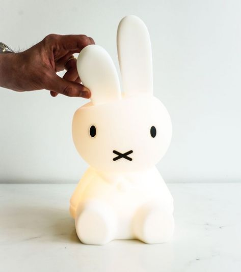 Voici Une Jolie Lampe Veilleuse Miffy Pour Votre Decoration De