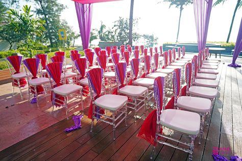 #anusharmagayi #idomahabs #decorideas #destinationwedding #destinationindianweddingplanners #themewedding #themedweddingdecor #mehndidecor #bridalcorner #eventplanner #florals #eventstyle #henna