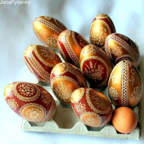 Ovos de Páscoa decorados porque ainda é Páscoa