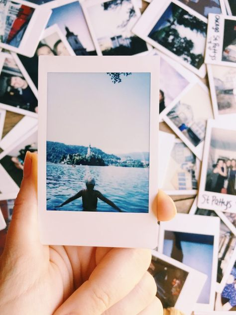 Polaroid cameras are making a comeback! Here are the best travel polaroid cameras and accessories, and how to travel with them! camera cameras and accessories Why You Need to Take a Travel Polaroid Camera on Your Next Trip Camera Accessories, Photo Accessories, 35mm Digital Camera, Canon Digital, Digital Cameras, Dslr Photography Tips, Landscape Photography, Scenic Photography, Aerial Photography