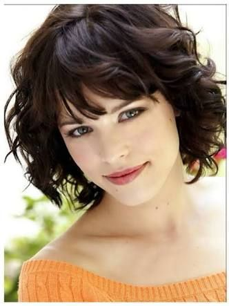 Wavy Hair Styles With Images Short Hair Styles For Round Faces Round Face Curly Hair Short Wavy Haircuts