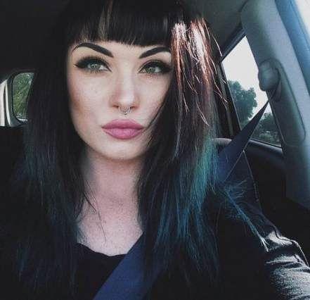 32 Ideas Hair Dyed Short Bangs Black Hair Bangs Hairstyles With Bangs Dark Hair