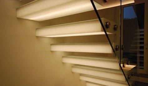 Innen Und Aussentreppen Mit Led Beleuchtung Treppenbeleuchtung Innenbeleuchtung Und Led Treppenbeleuchtung