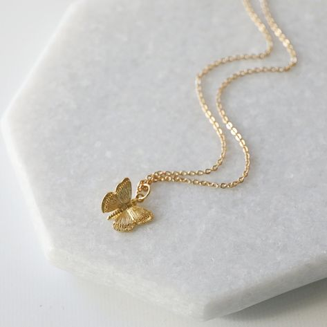 DIDA Gold Plated Tiny Dainty Butterfly Necklace for Women Minimalist Butterfly Pendant Chain Necklace Friendship Charm Jewelry
