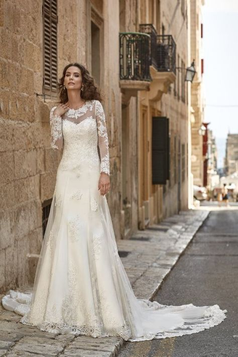 Scarpe Sposa Per Abito In Tulle.Jacinta Abito Da Sposa Per Matrimonio Invernale Maniche Lunghe
