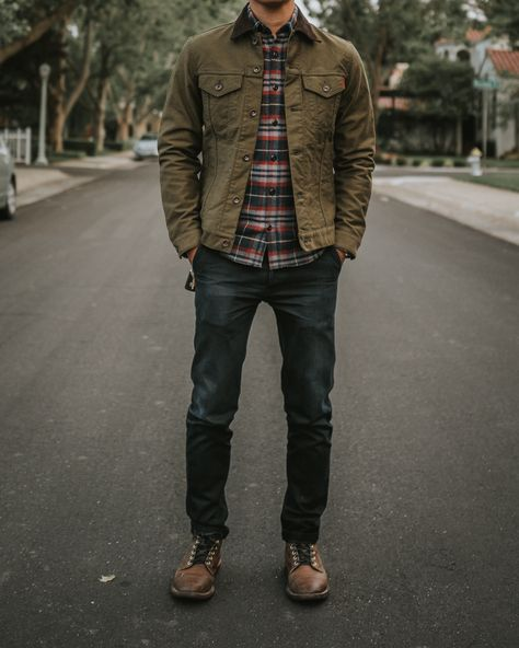 The entire fit is a good one. Mens Style Guide, Men Style Tips, Style Men, Outfit Hombre Casual, Stylish Mens Outfits, Men's Casual Outfits, Hipster Outfits Men, Hipster Tops, Hipster Clothing