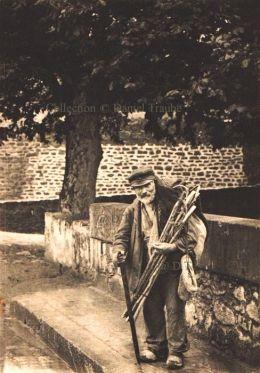 Canne Cane Walking Stick Marchand Amelie Les Bains France