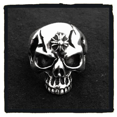 deep anger - n e W   a R R i v a l    -    sterling silver skull ring - www.deepanger.com (852) 2869 8303  #deepanger #luxurybrand #fashion #925silver #silverjewelry #ring #fleurdelys #malteseheart #instaaccessories  #instafashion #igphoto #ighk #skullring