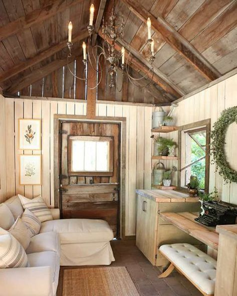 99 Fascinating Diy Backyard Studio Shed Remodel Design Decor Ideas - - Backyard Deck Kits are ideal for people who love Do-It-Yourself projects. And like most DIY projects, you don't need to be a professional Deck builder. Living In A Shed, Tiny House Living, Tiny House Shed, Tiny Houses, Tiny Guest House, Shed Cabin, Backyard Studio, Backyard Sheds, Garden Sheds