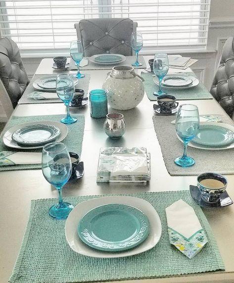 #table #diningroom #turquoise #simple #elegant #bloggermommy #america #usa#mommabear #diyhomedecor #decorationideas