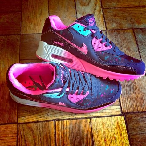 separation shoes 1b39a 0d336 Nike Air Max 90 size 8.5! Gorgeous bubble gum pink sole with splash of pink  and purple and blue on black and navy blue Nikes! This will jazz up any  boring ...