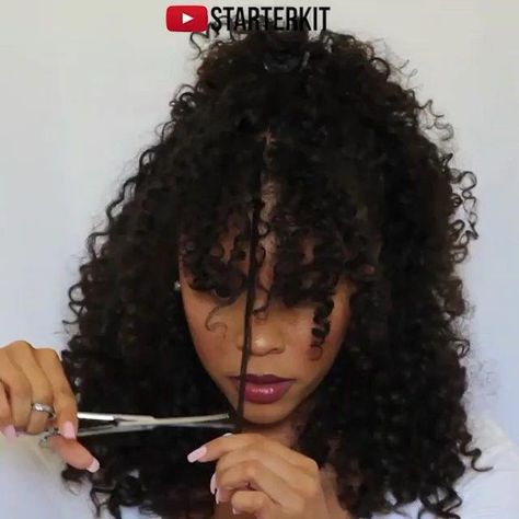 """Curly Naturals on Instagram: """"@starterkit_ shows us how she cuts her curly hair/bangs! #curlynatural . . . . . #naturalhairspot #teamnatural #healthyhairjourney…"""" #curlyhairwithbangs"""