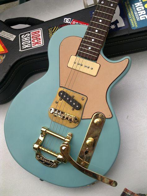Guitar / All sizes Vintage Electric Guitars, Cool Electric Guitars, Vintage Guitars, Guitar Kits, Music Guitar, Cool Guitar, Unique Guitars, Custom Guitars, Guitar Photos