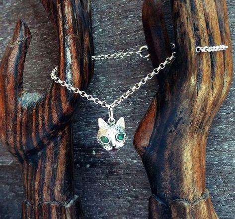 Girls Cute Cat Glass Locket Necklace for Women Hot Sale Lovely Kids Cat Locket Necklace Jewelry