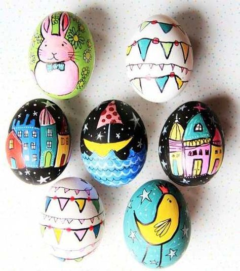 easter eggs decoration with markers