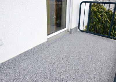 Balkon5 Grau Steinteppich Fugenlos Naturstein Bodenbelag