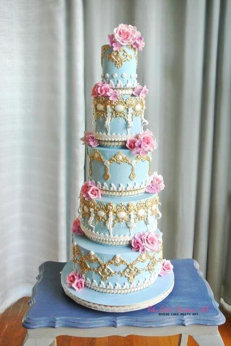The Grand Royale by Sumaiya Omar - The Cake Duchess SA - http://cakesdecor.com/cakes/244182-the-grand-royale