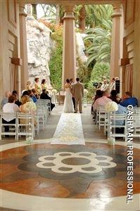 10 best weddings images on pinterest bays mandalay and las mandalay bay wedding valley of the falls las vegas junglespirit Gallery