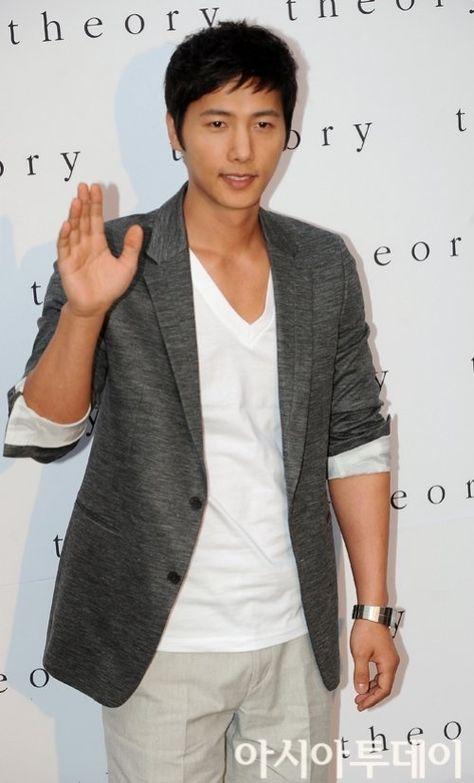 Lee Sang-woo (이상우)