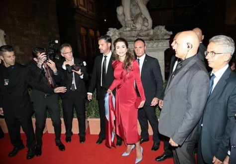 ♔♛Queen Rania of Jordan♔♛... Queen Rania Receives Andrea Bocelli Humanitarian…