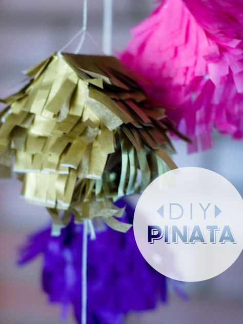 cute and easy DIY mini pinata. Would make the perfect little party favor.