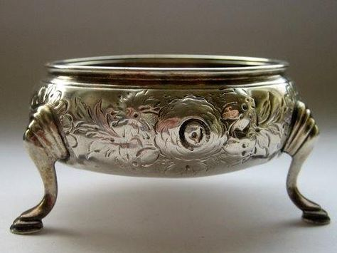 A Georgian (George III), sterling silver, open cauldron salt cellar or open master salt, made in London, England in 1774 by the renowned silversmiths Nathaniel Appleton & Ann Smith.