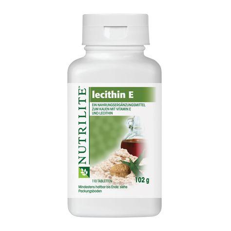4042. NUTRILITE™ Lecithin E Kautabletten. Nahrungsergänzungsmittel mit Vitamin E und Lecithin. Dieses Produkt ist eine ausgezeichnete Kombination aus Vitamin E (aus natürlichen Quellen) und Lecithin. Diese angenehm schmeckenden Kautabletten sind mit Honig gesüßt und mit Johannisbrot und natürlich gewonnenem Walnussaroma aromatisiert. Vitamin E ist ein Antioxidans, das zu Schutz der Zellen vor oxidativem Stress beiträgt, während Lecithin ein natürlich gewonnener Emulgator aus Fettsubstanzen…