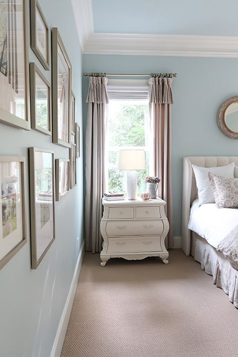 Blush and Gray are a major home decor trend this fall. See how to blend these colors together in an affordable way in my master bedroom makeover for fall. Spray paint picture frames and drapery rods gold to blend with your decor. #blushandgray #colortrendfall #colortrend #masterbedroomideas #bedroommakeover #bedroomideas #porchdaydreamer