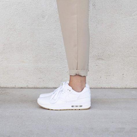 Sneakers femme - Nike air Max 1 ©cleogoossens