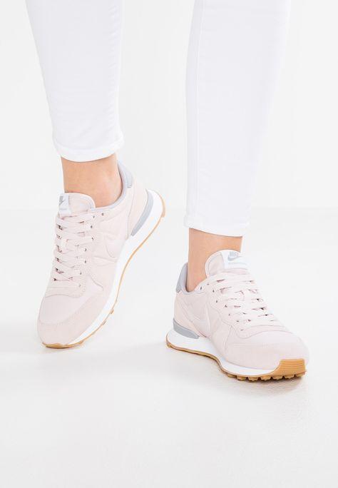 INTERNATIONALIST Sneakers laag barely rosewolf grey