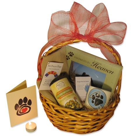 Deluxe Pet Bereavement Basket by Green Pet Gifts Hearts - abfalleimer für küche