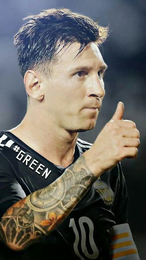 Lionel Messi http://celevs.com/the-10-best-pics-of-lionel-messi/