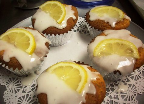 Low-sugar lemon poppy seed muffin recipe! Cut your sugar content in half and still enjoy the same great taste of traditional lemon poppy seed muffin recipes. Stevicane tastes and bakes just like sugar.